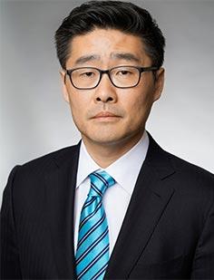 Micheal-Kim-Lawyer-at-Kobre-&-Kim-in-Seoul